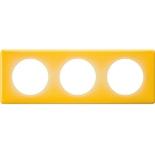066673 - Рамка 3-постовая Legrand Celiane, прямоугольная, 232х82мм (песочный муар)