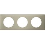 066713 - Рамка 3-постовая Legrand Celiane, прямоугольная, 232х82мм (грин перкаль)