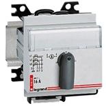 004652 - Переключатель для вольтметра Legrand, 3-фазный, на 4 позиции, 3 модуля