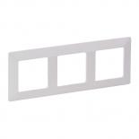 754003 - Рамка трехпостовая Legrand Valena Life (белая)