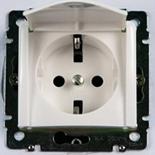 774422 - Розетка электрическая с крышкой (белая) Legrand Valena